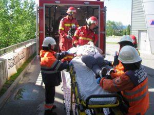 Răniţi preluaţi de ambulanţă