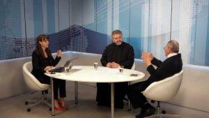 Cristina Munteanu, preotul Lucian Grigore şi Mihai Golescu