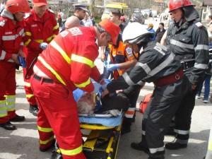 Grav rănit, şoferul a fost transportat la spital