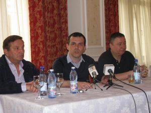 Constantin Nica (stânga), George Diaconescu şi Vicenţiu Perniu