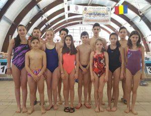Concurs pentru micii înotători