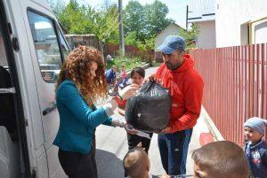 Şapte familii din Mioveni, ajutate de Paşti