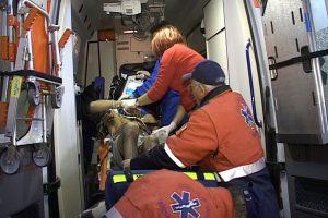 Ambulanţa i-a preluat pe răniţi