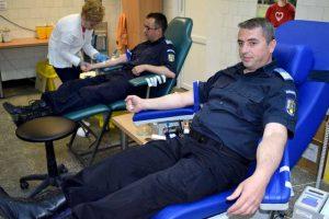 Jandarmii argeşeni donează sânge