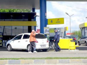 Carburanţii se scumpesc de la o zi la alta