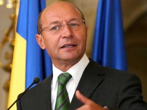 Băsescu revine în Piteşti