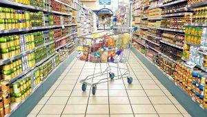 Politicienii vor hipermarketuri închise duminica