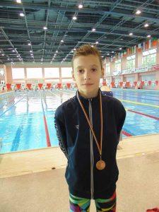 Andrei Picui se anunţă o stea a înotului românesc
