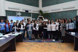 Concursuri interactive, pe teme europene, şi la Mioveni