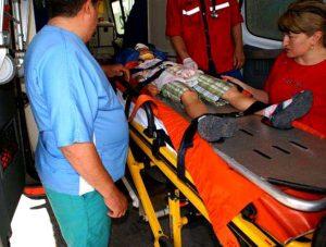 """Copilul, adus de ambulanţă la """"Pediatria"""" piteşteană"""