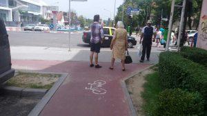 Piste de biciclete fără cap şi fără coadă