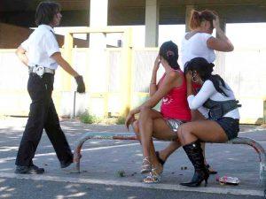 Prostituată trimisă după gratii