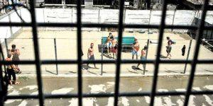 Chiar şi în închisoare se produc agresiuni grave