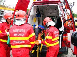Rănit luat de ambulanţa SMURD