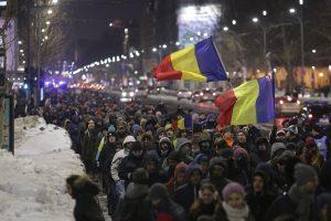 Protest de stradă la Piteşti, împotriva graţierilor preconizate de Guvern