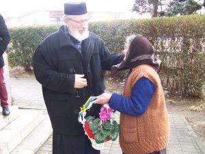 """Vizită-surpriză la Catedrala """"Sf. Gheorghe"""" – Părintele Calinic: """"Tăiaţi copacii din jur!"""""""