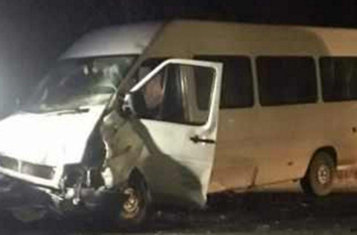Accident cu un mort şi zece răniţi la Albota
