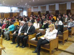 Secretarii din Argeş, chemaţi la instruire