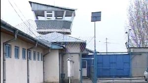 La penitenciarul Mioveni se trafichează droguri, cu complicitatea unor gardieni