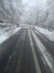 Pe Transfăgărăşan zăpada are 40 centimetri