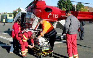 Bebeluş trimis cu elicopterul la Bucureşti