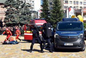 Conform unui scenariu al Jandarmeriei - Atac terorist la Prefectură