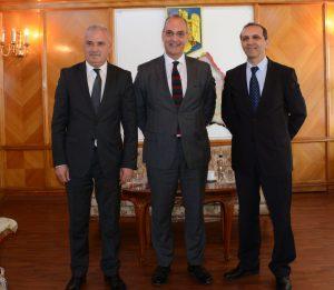 Şefii judeţului s-au întâlnit cu reprezentanţi ai Grupului Renault