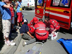 Trei răniţi în două accidente