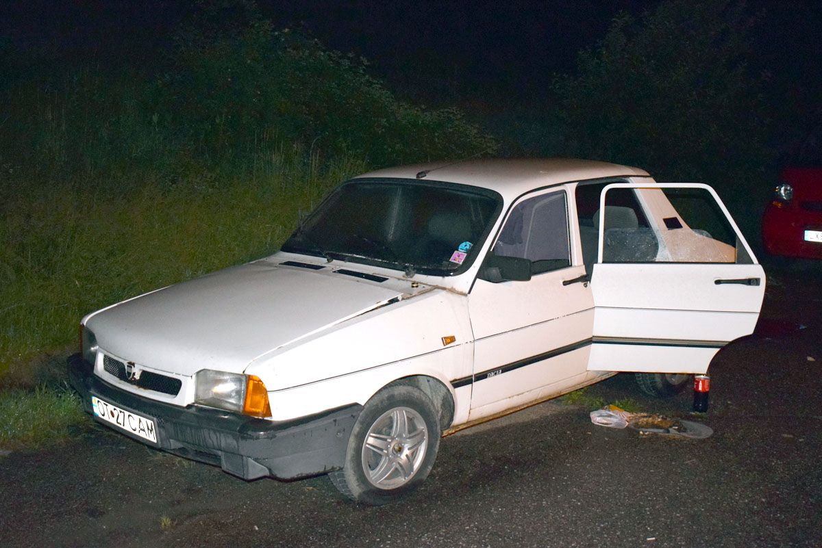 Se adăposteau într-o maşină furată