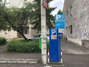 Amenzi pe bandă rulantă pentru neplata parcării