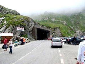 Transfăgărăşanul, pe primul loc la tuneluri