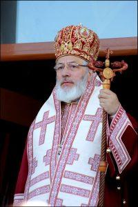La zi aniversară, Patriarhul Daniel l-a felicitat pe părintele Calinic