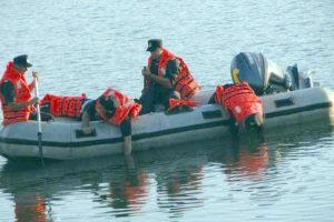 Trupul tânărului înecat, recuperat după o oră