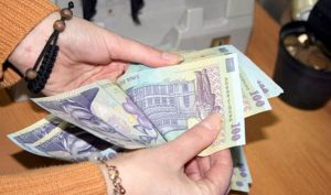 În Argeş, PNL a luat faţa rivalului PSD. La bani din donaţii şi cotizaţii. ALDE abia are bani de facturi