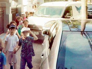 Nici copiii nu mai au loc de nesimţirea unor şoferi