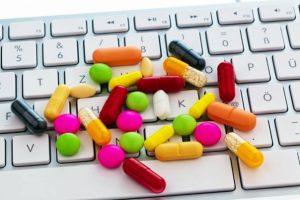 Medicamentele de pe net dăunează grav sănătăţii