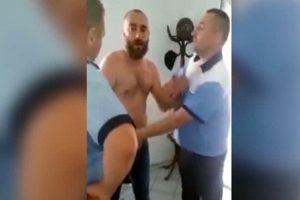 Poliţiştii au avut de furcă cu consilierul turmentat şi agresiv