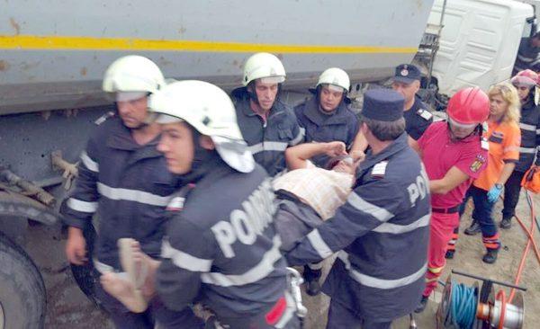 Accident cu şase răniţi la Dobrogostea