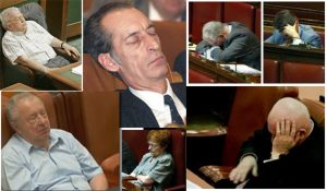 Politică adormită în Argeş...