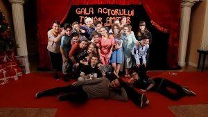 """GATA la Teatrul """"Al. Davila"""" . În minivacanţa de Sf. Mărie, spectacole gratuite la Piteşti oferite de actori amatori"""