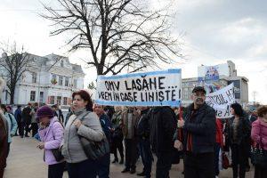 Unul dintre zecile de proteste ale angajaţilor