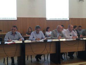 O sută de mii de lei pentru modernizarea sălii de şedinţe a Consiliului Local Piteşti