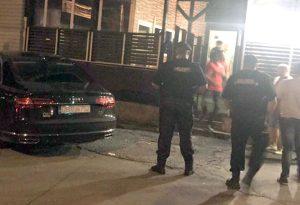 Jandarmii au luat barurile la puricat