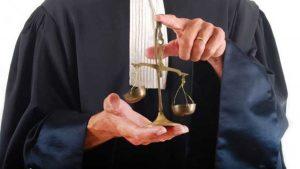 Tarife mai mari la avocaţi