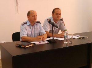 Ieri, la CCIA Argeş - Pompierii au... stins curiozitatea operatorilor economici