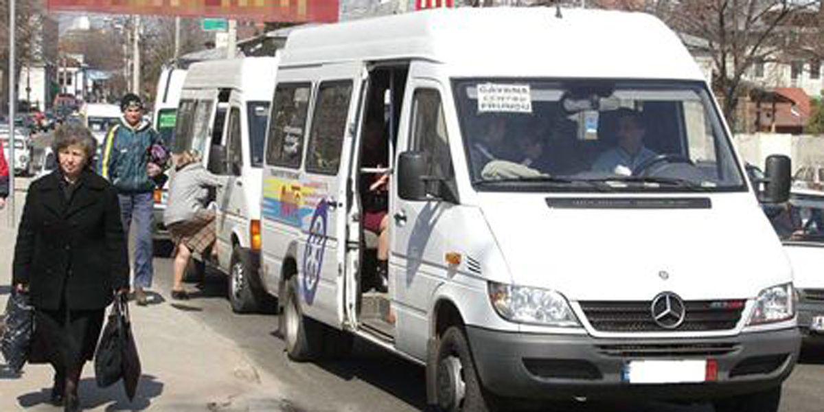 Firmele de maxi-taxi au dat Primăria în judecată