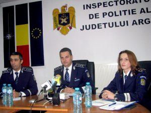 Romii îşi fac de cap, poliţiştii se ascund după legi