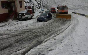 Drumarii, la deszăpezire pe Transfăgărăşan
