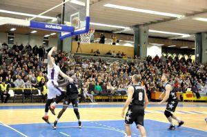 Baschetbaliştii, debut cu stângul, în campionat