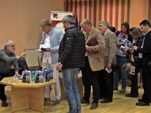 Gabriel Cazan şi-a lansat o nouă carte